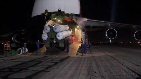 video momento entrega sistemas antiaéreos rusos s-300 siria