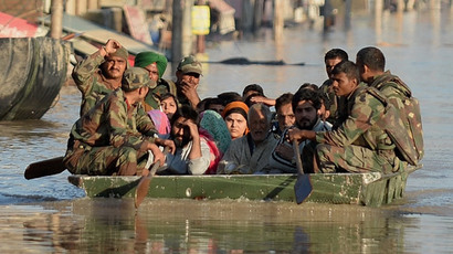 Kashmir's epic floods: 200,000 mired in water