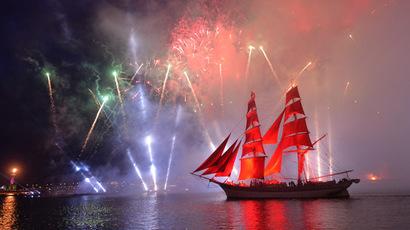 'Scarlet Sails' show dazzles school graduates in St. Petersburg