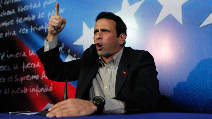 Henrique Capriles addresses the media in Caracas March 10, 2013 (Reuters / Carlos Garcia Rawlins)