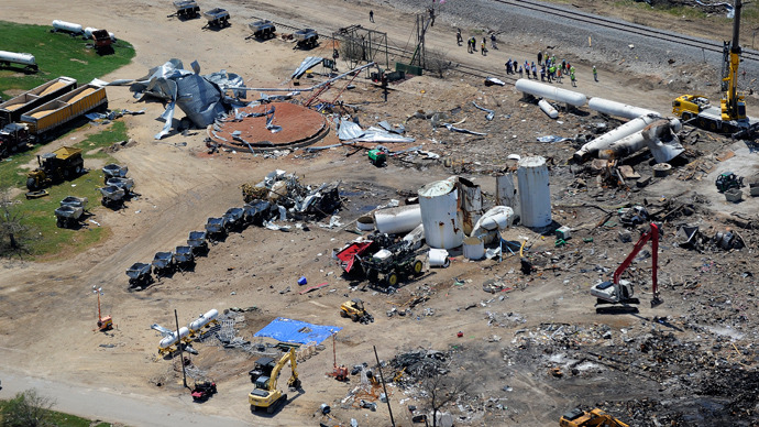 An aerial picture, taken from a helicopter following US President Barack Obama and First Lady Michelle Obama, shows the devastation at a fertilizer plant in West, Texas, on April 25, 2013 (AFP Photo / Jewel Samad)