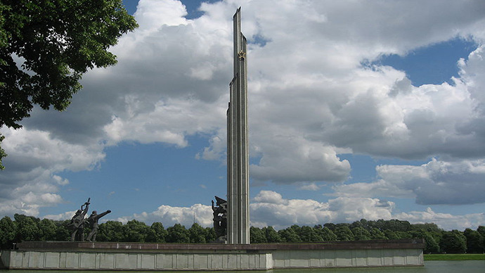 The Victory Memorial to Soviet Army in Riga, Latvia. (Image from wikipedia.org)