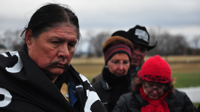People opposed to the Keystone XL pipeline gather in prayer in Fullerton, Nebraska (AFP Photo / Guillaume Mayer)