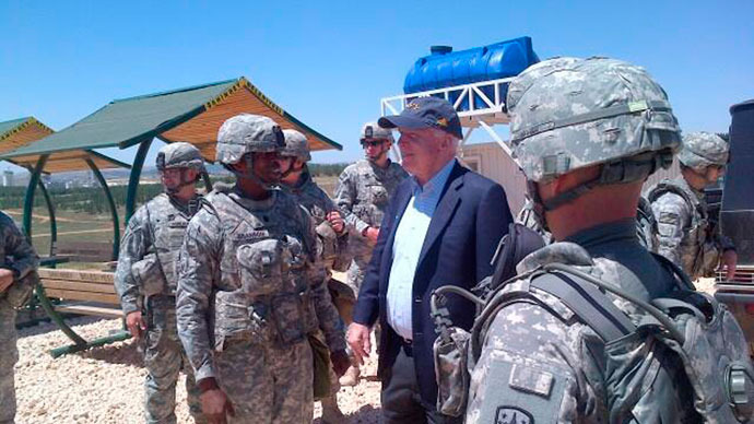 U.S. Senator John McCain (R-AZ) is pictured with U.S. troops at a Patriot missile site in southern Turkey on May 27, 2013.(Reuters / Handout)