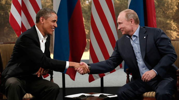U.S. President Barack Obama (L) and Russian President Vladimir (Reuters / Kevin Lamarque)