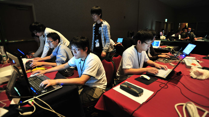 A team competing in the CTF competition at DEF CON 17 in Las Vegas, Nevada, United States. (Photo from Wikipedia / Nate Grigg)