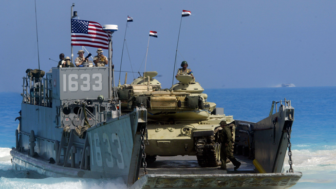 ARCHIVE PHOTO: A US Naval ship deploys an Egyptian tank on the coast of Egypt's northern El-Alamein region during the Bright Star joint war games that involves 30,000 troops from 12 countries, 15 September 2005 (AFP Photo / Khaled Desouki)