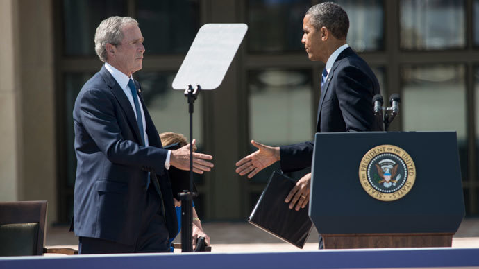 Former US President George W. Bush thanks US President Barack Obama.(AFP Photo / Brendan Smialowski)