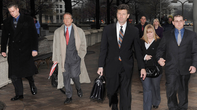 Blackwater Worldwide security guards Evan Liberty (L) and Dustin Heard (R) leave the federal courthouse with their legal team and supporters in Washington, January 6, 2009 (Reuters / Jonathan Ernst)