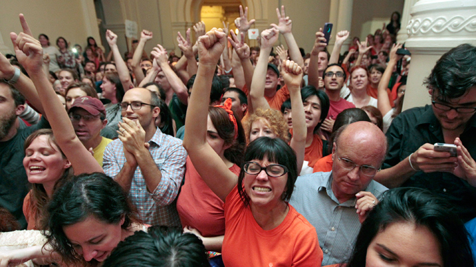 Reproductive rights advocates cheer as the Texas Senate tries to vote on the controversial anti-abortion bill SB5, which was up for a vote on the last day of the legislative special session June 25, 2013 in Austin, Texas (Erich Schlegel / Getty Images / AFP)