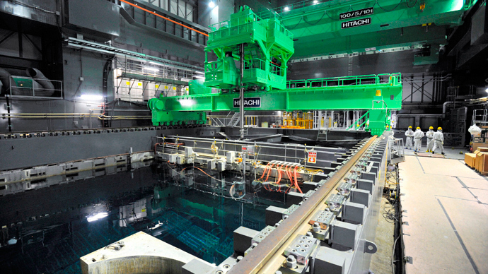 Crane units are installed over the spent fuel pool inside the No.4 reactor building at the tunami-crippled Tokyo Electric Power Co's (TEPCO) Fukushima Daiichi nuclear power plant in Fukushima prefecture, in this photo released by Kyodo November 6, 2013. (Reuters/Kyodo)
