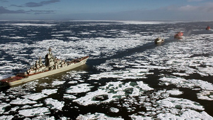 Russian flotilla headed by the flagship of the Northern Fleet, cruiser Peter the Great, September 2013 (Photo from www.korabli.eu)