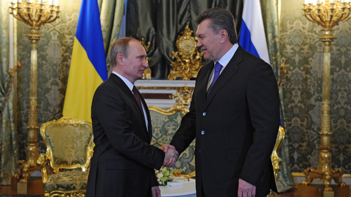 Presidents Vladimir Putin (left) of Russia and Viktor Yanukovich of Ukraine meeting in the Kremlin, December 17, 2013. (RIA Novosti/Michael Klimentyev)