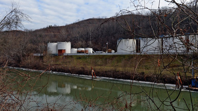 Freedom Industries on Barlow St on the banks of the Elk River is seen on January 10, 2014 in Charleston, West Virginia. (AFP Photo / Getty Images / Tom Hindman)