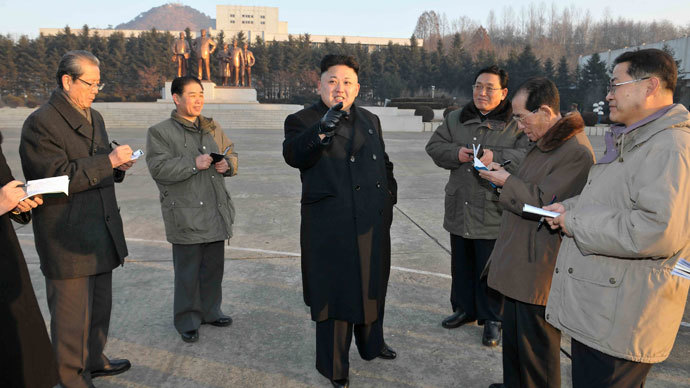North Korean leader Kim Jong Un (C).(Reuters / KCNA)