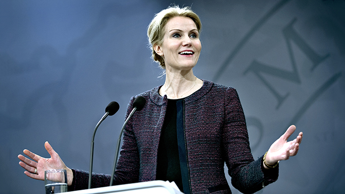 Danish Prime Minister Helle Thorning-Schmidt addresses the media after the Socialist People's Party quit the government over the controversial sale of a stake in state-controlled energy group DONG to Goldman Sachs. (AFP Photo / Keld Navntoft)