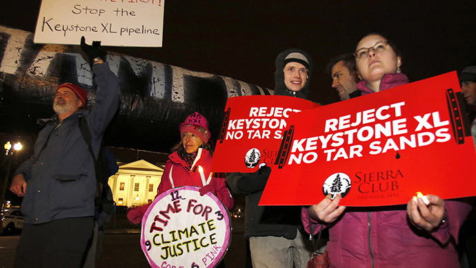 Protesters rally against the Keystone XL oil pipeline outside The White House in Washington February 3, 2014. (Reuters / Yuri Gripas)