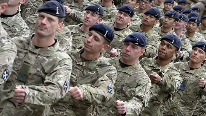 Soldiers of the British Army (Reuters/Nigel Roddis)