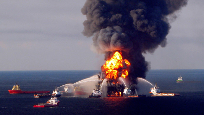 Fire boat response crews battle the blazing remnants of the offshore oil rig Deepwater Horizon, off Louisiana, in this April 21, 2010 file handout image.(Reuters / U.S. Coast Guard)