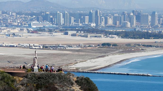 San Diego, California (Reuters / Mike Blake)