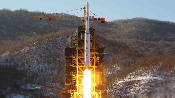 This picture taken by North Korea's official Korean Central News Agency (KCNA) shows North Korean rocket Unha-3 (AFP Photo)
