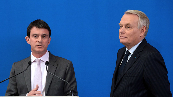 Manuel Valls (L) and Jean-Marc Ayrault (AFP Photo/Pierre Andrieu)