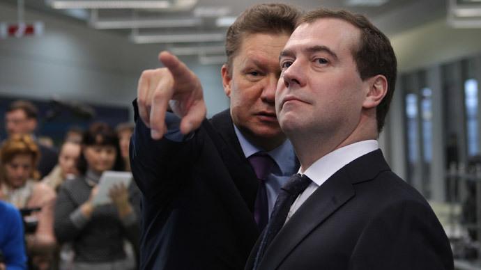 Prime Minister Dmitry Medvedev (R) and Gazprom Head Alexey Miller (RIA Novosti / Mihail Mokrushin)