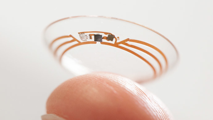 Google shows a smart contact lens.(AFP Photo / Google)