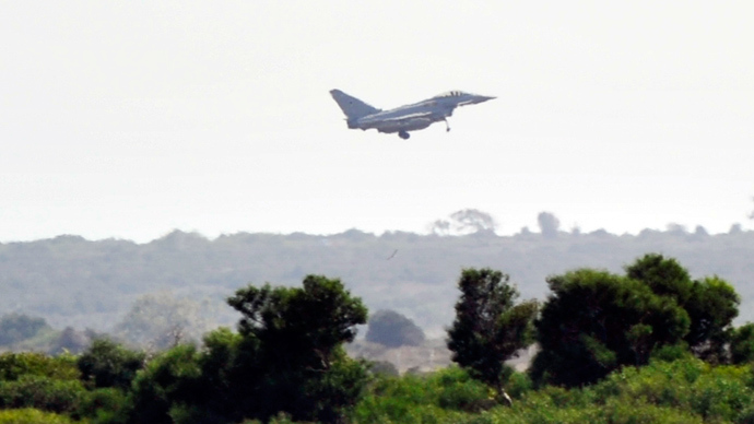 A Typhoon jet of the British Royal Air Force (RAF) (Reuters / Yiannis Nisiotis)