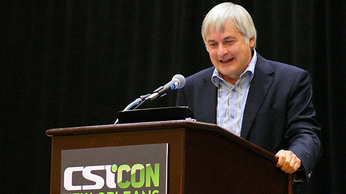 "Seth Shostak participating in ""Death From the Skies"" panel at CSICON 2011 in New Orleans, LA, USA. (Image from wikipedia.org / photo by BDEngler)"