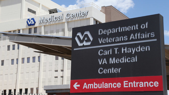 Exterior view of the Veterans Affairs Medical Center on May 8, 2014 in Phoenix, Arizona.(AFP Photo / Christian Petersen)