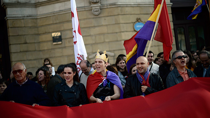 Anti-royalist protesters attend a demonstration in Bilbao June 2, 2014. (Reuters / Vincent West)
