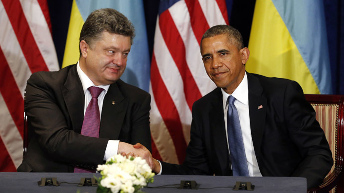 U.S. President Barack Obama meets with Ukraine President-elect Petro Poroshenko in Warsaw June 4, 2014. (Reuters/Kevin Lamarque)