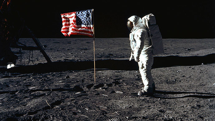 Astronaut Edwin E. Aldrin, Jr., lunar module pilot of the first lunar landing mission, poses for a photograph beside the deployed United States flag during Apollo 11 Extravehicular Activity (EVA) on the lunar surface area called the Sea of Tranquility in this 20 July 1969 file photo. (AFP Photo)