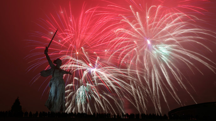 Fireworks at Mamayev Kurgan in Volgograd, in honor of the 70th anniversary of the victory of the Soviet forces in the Battle of Stalingrad. (RIA Novosti/Kirill Braga)