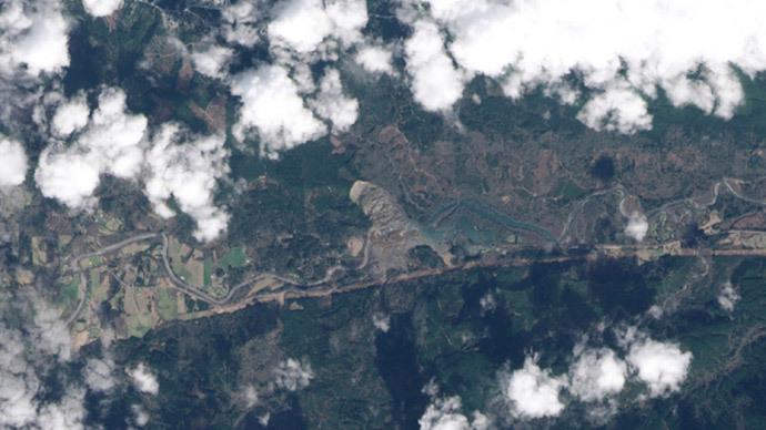 Satellite image of North Fork of the Stillaguamish River, near Oso, Washington (Reuters/ NASA Earth Observatory / Handout via Reuters)