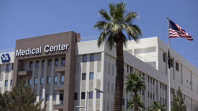 The Carl T. Hayden VA Medical Center is pictured in Phoenix, Arizona (Reuters / Samantha Sais)
