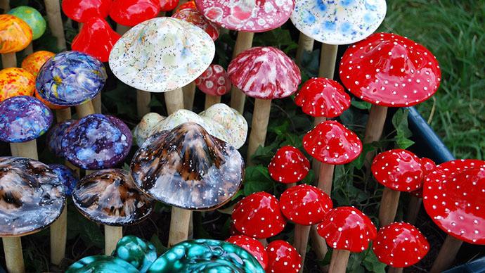 "Handmade ""magic mushrooms"" (Image from wikipedia.org)"
