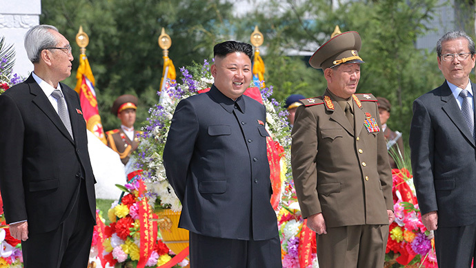 North Korean leader Kim Jong Un attends an unveiling ceremony of statues of Kim Il Sung and Kim Jong Il during the completion ceremony of Songdowon International Children's camp in this undated photo released by North Korea's Korean Central News Agency (KCNA) in Pyongyang May 3, 2014. (Reuters/ KCNA)