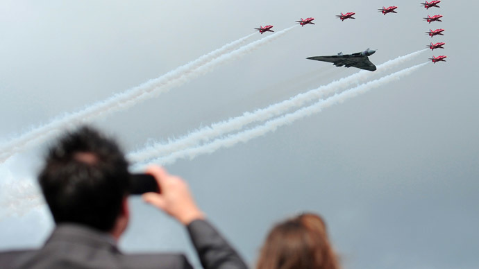 The Farnborough International Airshow in Hampshire, southern England, July 9, 2012. (AFP Photo/Carl Court)
