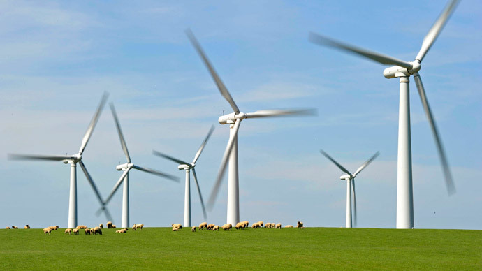 A windfarm based at Anglesey, North Wales. (Reuters / Toby Melville)