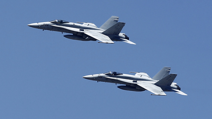 U.S. F-18 fighter jets (Reuters / Mike Blake)