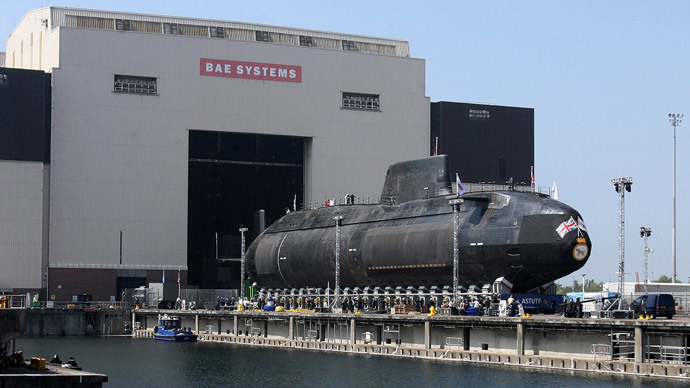 The first Astute class nuclear submarine is brought out of the Devonshire Dock Hall at the BAE Systems production plant in Barrow-in-Furness, north west England. (AFP Photo / Paul Ellis)