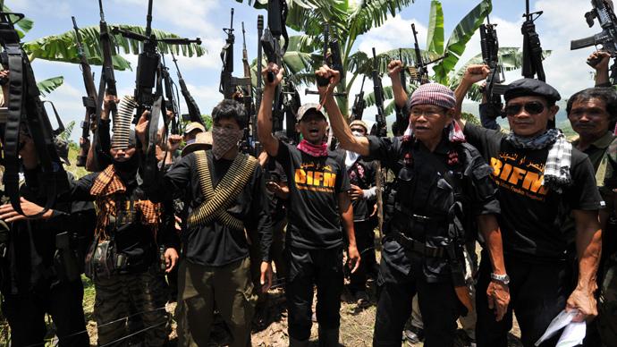 Bangsamoro Islamic Freedom Fighters (AFP Photo / Ted Aljibe)