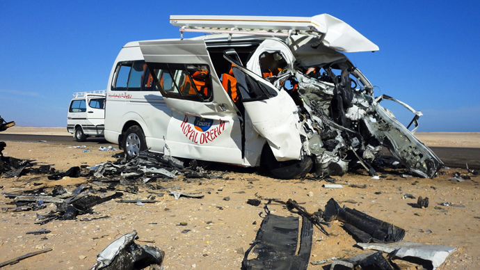 ARCHIVE PHOTO: A picture shows the wreckage of one of the two mini-buses that crashed inside a resort near the Egyptian popular tourist destination of Hurghada on December 2, 2012 (AFP Photo)