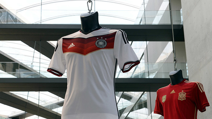 Picture shows the official FIFA football World Cup jersey in the innovation test center of the  German sports goods company Adidas (AFP Photo / Christof Stache)