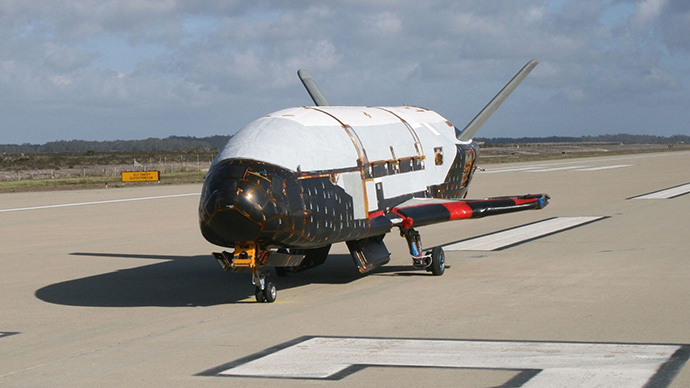 air-force-space-plane-lands.si.jpg