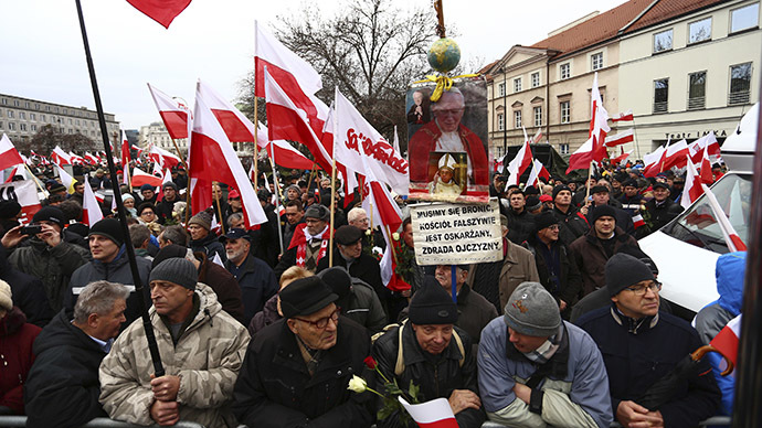 Protesters gather during a demonstration march in Warsaw, December 13, 2014. (Reuters/Adam Stepien/Agencja Gazeta)