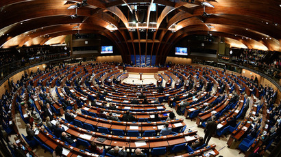 Delegates at a plenary meeting held as part of the winter session of the Parliamentary Assembly of the Council of Europe (PACE). (RIA Novosti/Vladimir Fedorenko)