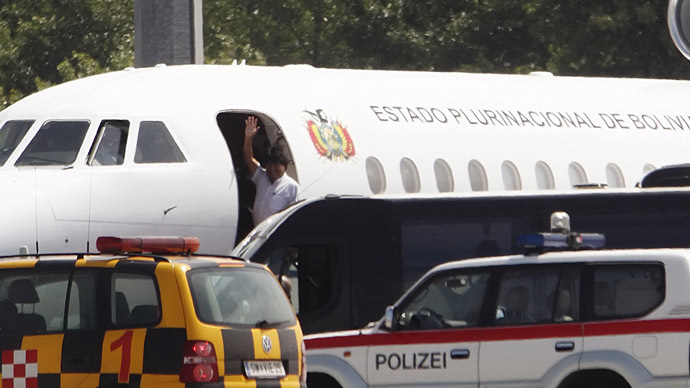 Bolivian President Evo Morales waves from his plane before leaving the Vienna International Airport in Schwechat July 3, 2013.  (Reuters/Heinz-Peter Bader)